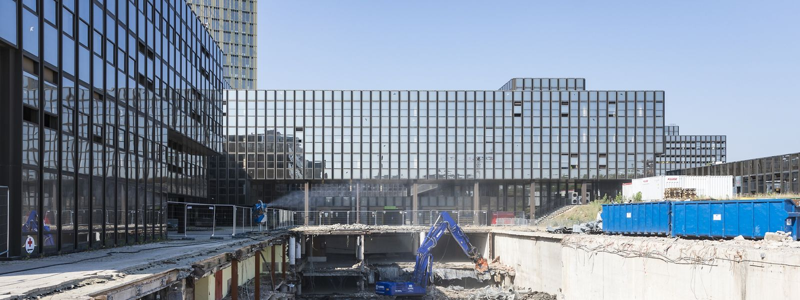 Le chantier du bâtiment Jean Monnet lors de la déconstruction