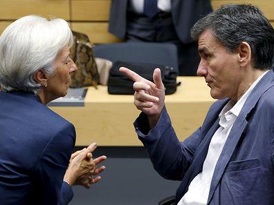 A directora do FMI, Christine Lagarde, e o ministro grego das Finanças, Euclid Tsakalotos