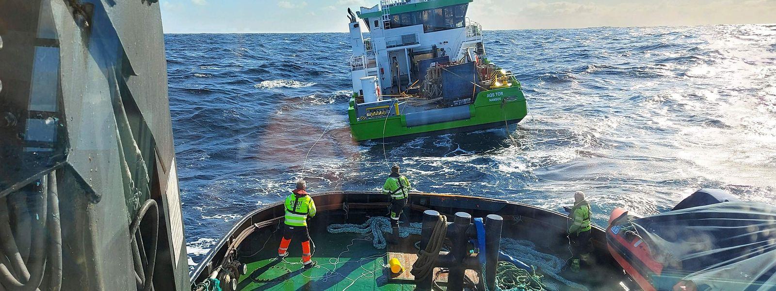 Das Frachtschiff wurde in der Nacht zu Donnerstag gesichert und abgeschleppt.