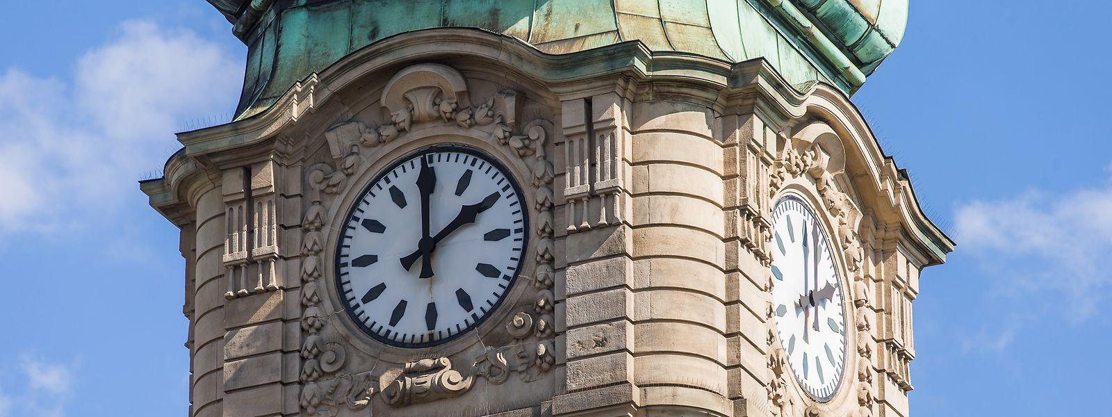 Ce dimanche, les résidents du Luxembourg perdront une heure de sommeil en raison du passage à l'heure d'été.