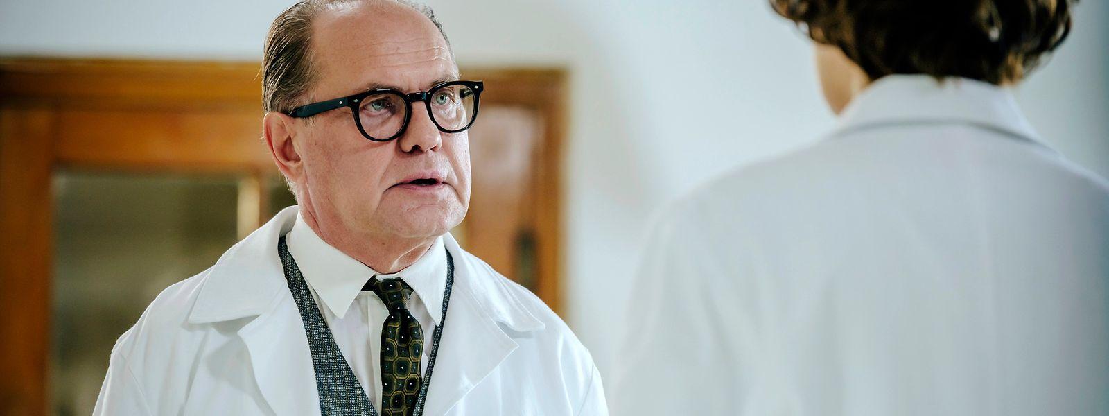 """Fühlt sich nach den Geburten seiner vier Kinder bereit für die Rolle: Uwe Ochsenknecht spielt in den sechs neuen Folgen der Klinikserie """"Charité"""" den erfolgreichen Gynäkologen Helmut Kraatz."""