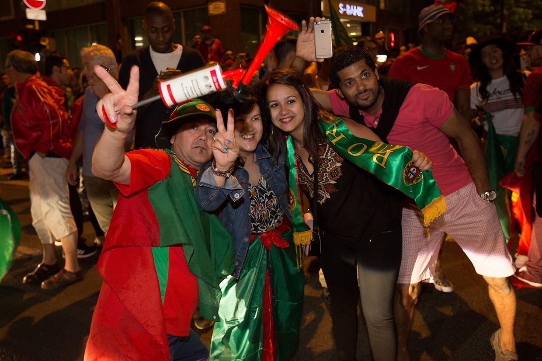 A festa dos portugueses nas ruas do Luxemburgo após a vitória da Selecção frente ao País de Gales