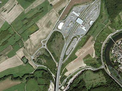Suite à un accident survenu ce samedi matin sur l'A1, la voie d'accès vers Wasserbillig est fermée jusqu'à lundi après-midi.