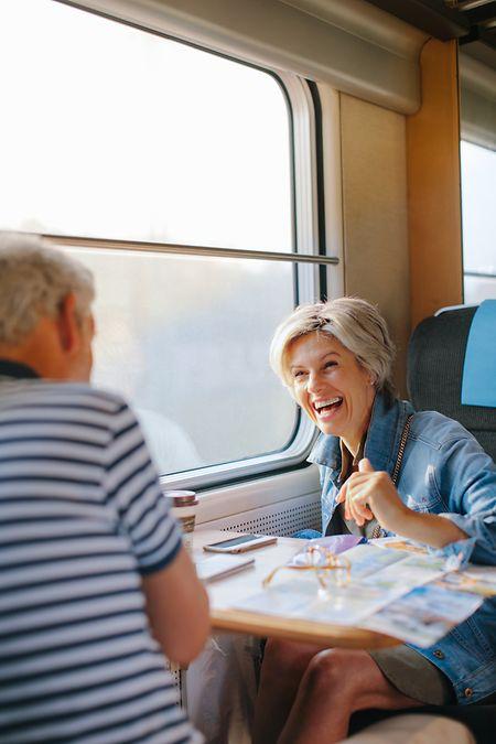 Vor allem Senioren entdecken derzeit das Interrail-Ticket für sich.