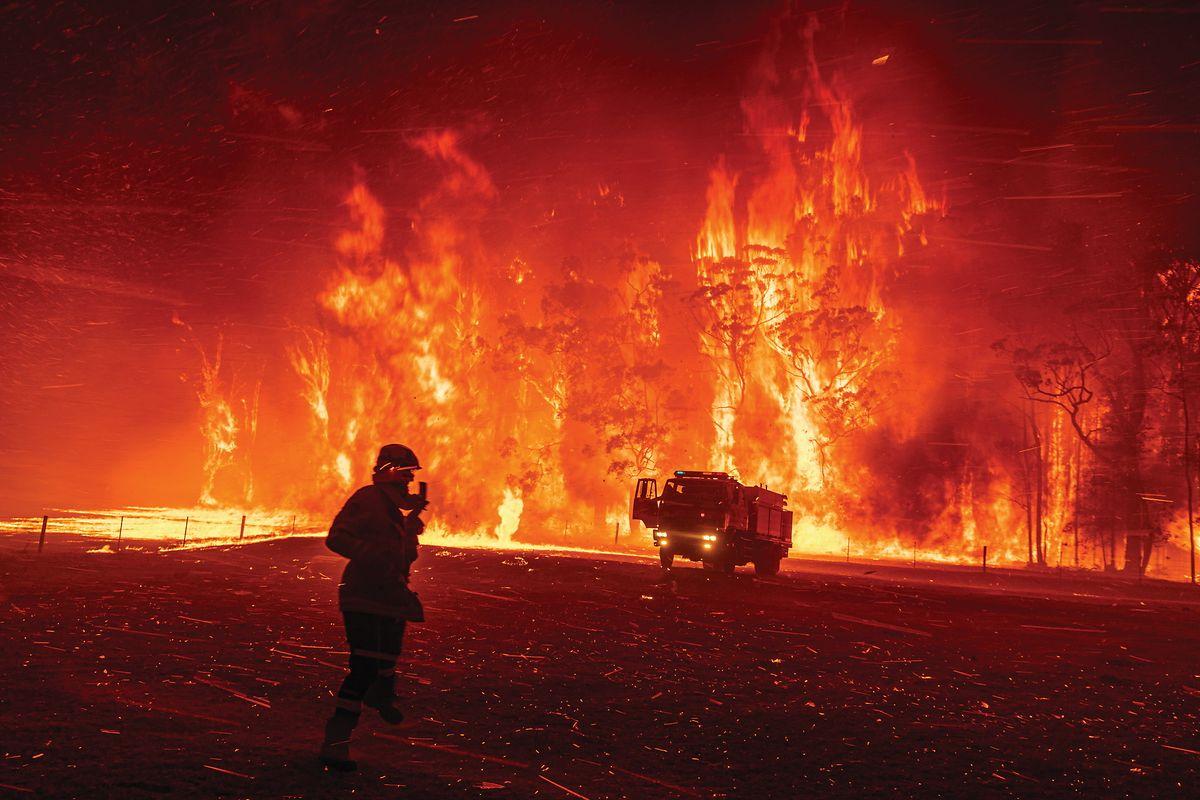 Matthew Abbott (New York Times): «Australia's Bushfire Crisis».