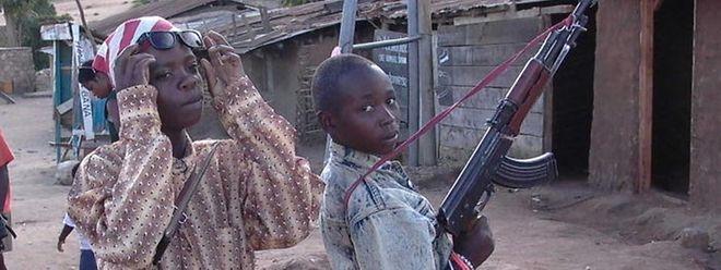 Kindersoldaten sollen bei Friedenseinsätzen besser geschützt werden, fordert Ex-Un-General Romeo Dallaire.