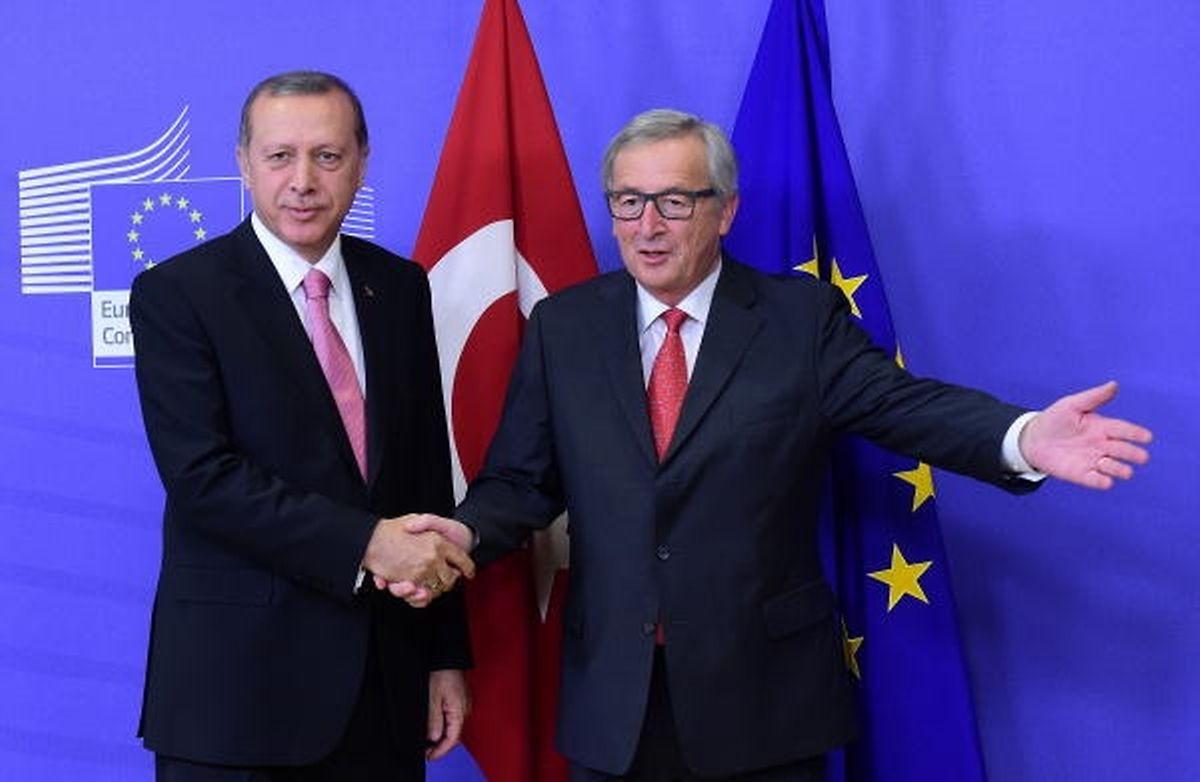 Jean-Claude Juncker und Recep Tayyip Erdogan im Oktober 2015 in Brüssel.