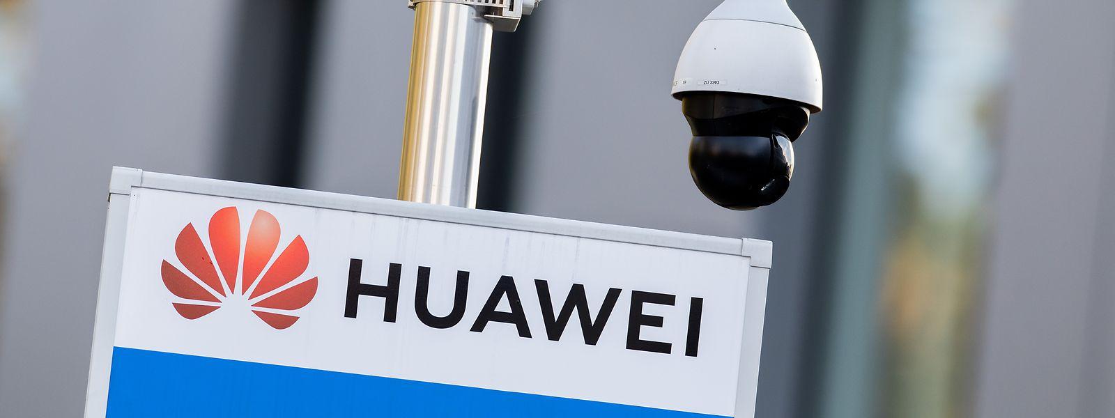 Les Etats-Unis accusent Huawei de vouloir espionner les réseaux américains.