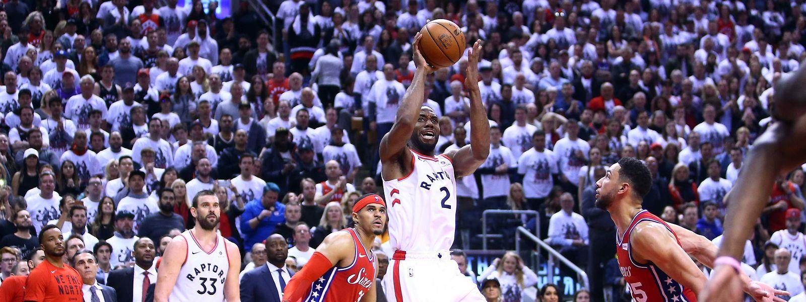 Kawhi Leonards goldener Wurf bescherte den Toronto Raptors einen Last-Minute Sieg.