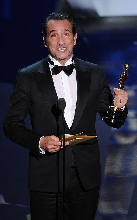 """Jean Dujardin (""""The Artist"""") appartient au cercle fermé des acteurs ayant reçu la consécration sur la Croisette et à Hollywood pour un même rôle."""