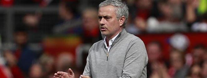 O Manchester United do treinador português parte como favorito à vitória na Liga Europa frente aos holandeses do Ajax