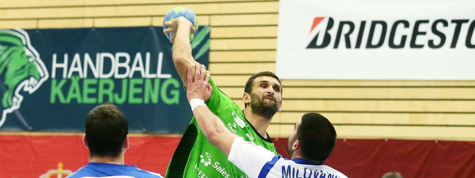 Zoran Radojevic wird in dieser Szene energisch gestört.