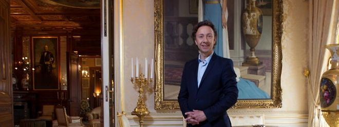 Stéphane Bern au palais grand-ducal lors du tournage de Secrets d'Histoire.