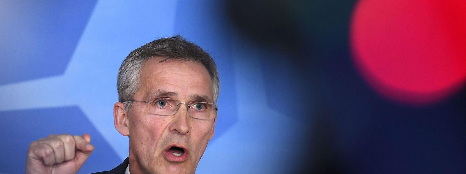 Nato-Generalsekretär Jens Stoltenberg soll am Dienstag mit EU-Ratspräsident Donald Tusk und EU-Kommissionspräsident Jean-Claude Juncker eine gemeinsame Erklärung unterzeichnen.