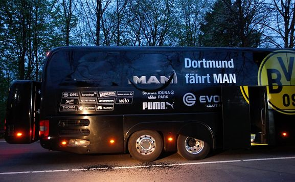Explosions près de l'autocar de l'équipe de soccer allemande de Borussia Dortmund