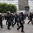 Keine Zeit für Fußball: Die sächsische Polizei hat auch am kommenden Wochenende genug in Chemnitz zu tun.