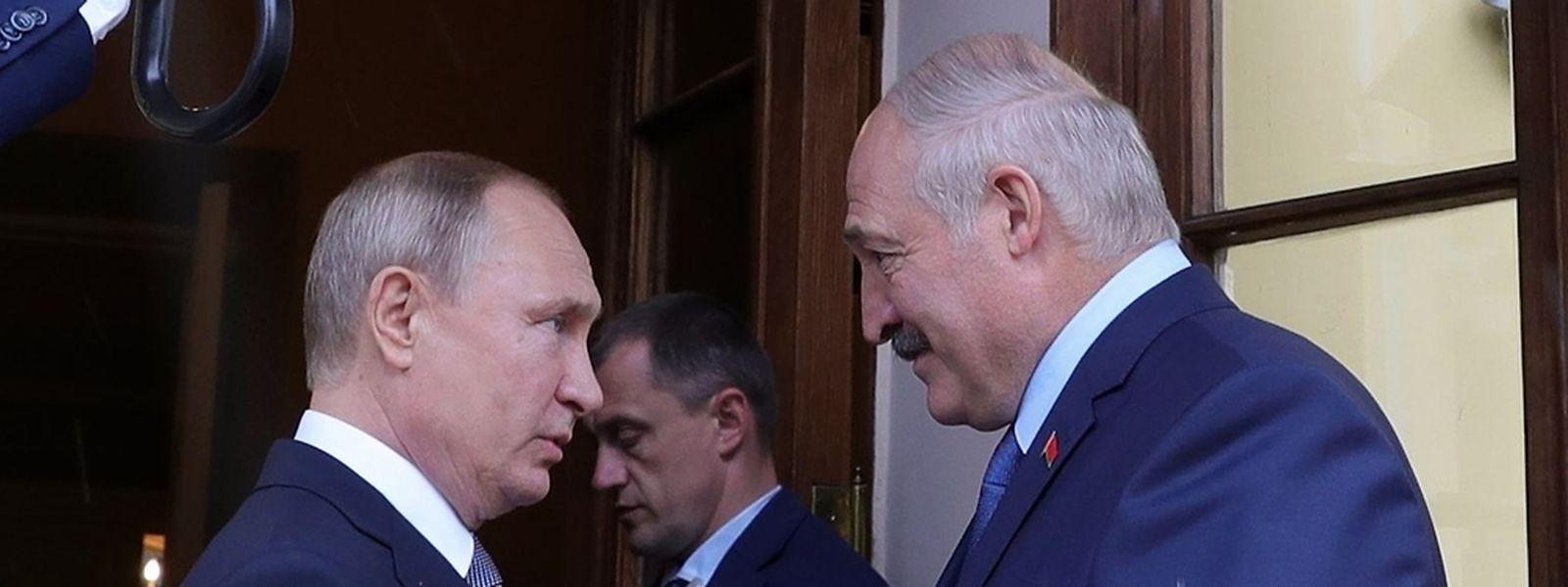 Der Ausgang der Gespräche zwischen Russlands Präsident Wladimir Putin und Alexander Lukaschenko – hier auf einem Archivfoto vom 18. Juli 2019 – ist ungewiss.