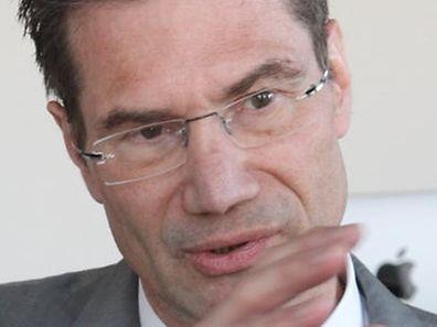Verwaltungschef Alfred Funk legt sein Amt nieder.