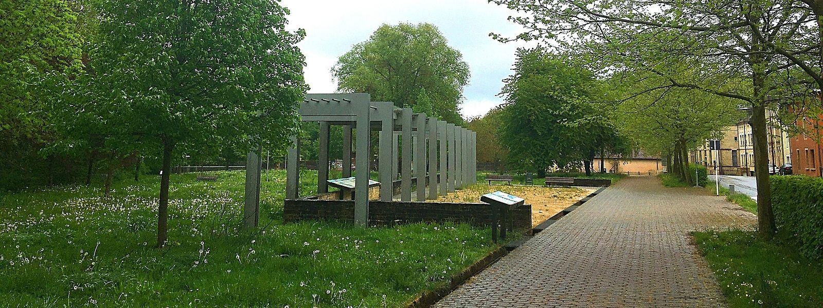 Si le parc est bien sur le ban d'Ottange, il est entretenu par Rumelange.