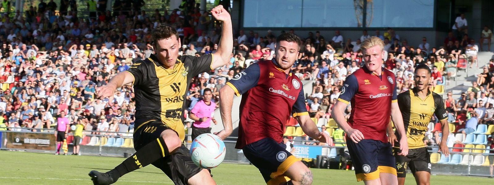Ben Vogel (l.) und Niederkorn haben eine gute Ausgangsposition fürs Rückspiel.