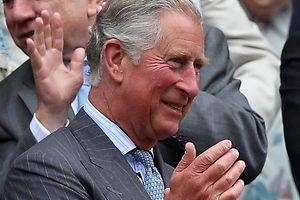 Eiene Toastscheibe, die vor Jahren bei Prinz Charles auf dem Frühstückstisch lag, ist wertvoll geworden.
