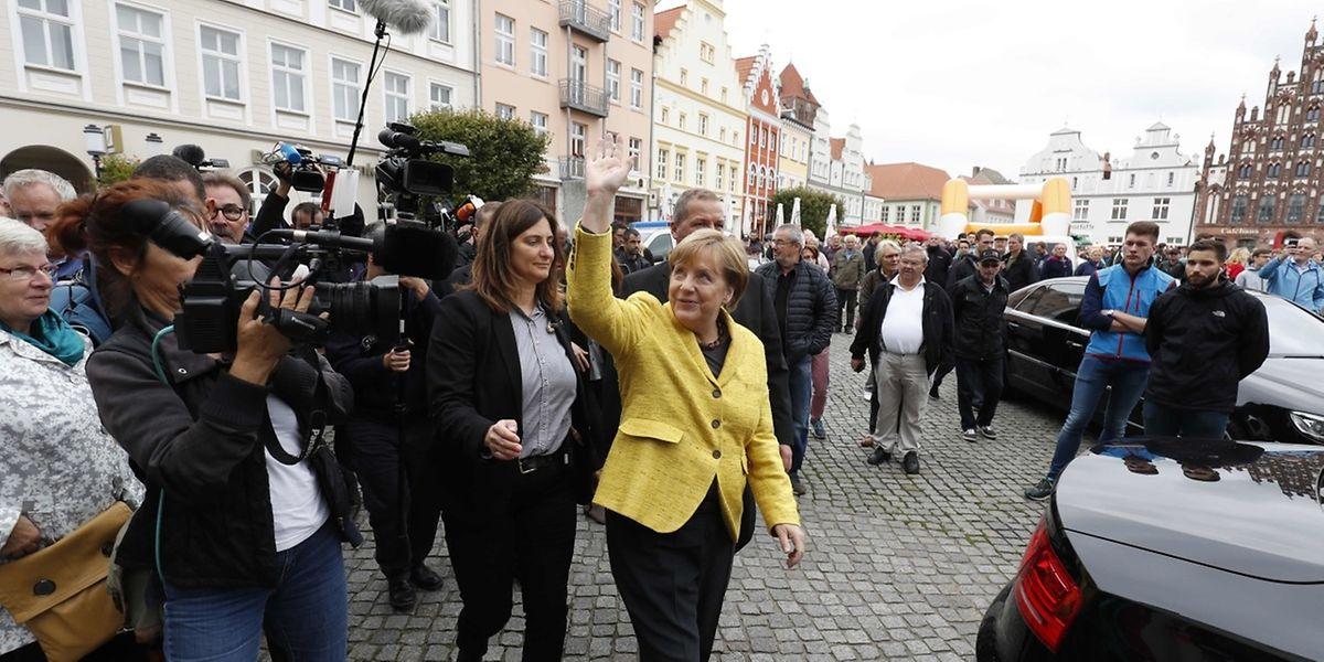 Legislativas devem dar o quarto mandato a Angela Merkel