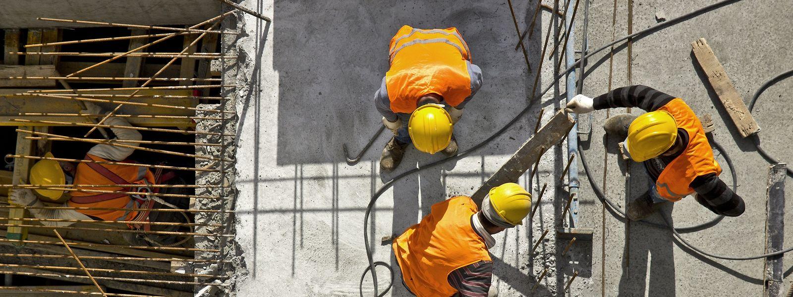 O setor da construção civil emprega perto de 20 mil trabalhadores no Luxemburgo, sendo 80% de origem portuguesa.