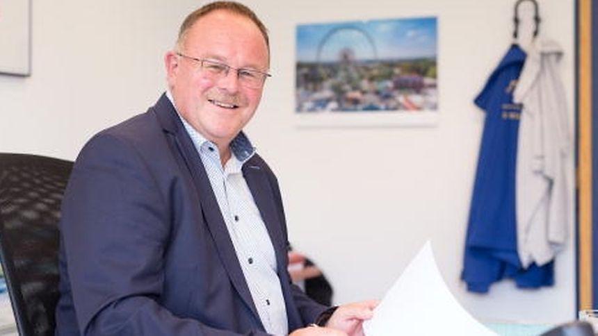 Sozialminister Romain Schneider versichert: Die neue Pflegeversicherung sieht weiterhin einzelne Stunden für die Einkaufshilfe vor.