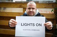 Wirtschaft, Lights on, Luxemburg, Gastrogewerbe demonstriert in aller Stille, Gastronomen gehen auf die Strasse, gegen Lockdown Foto: Anouk Antony/Luxemburger Wort