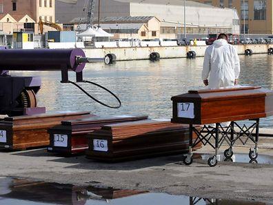 Ce nouveau drame porte le bilan des victimes de la traversée de la Méditerranée à au moins 68 morts et une trentaine de disparus depuis une semaine.