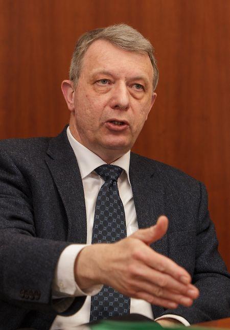 O deputado do ADR Fernand Kartheiser espera uma reposta positiva à sua proposta por parte do Governo.