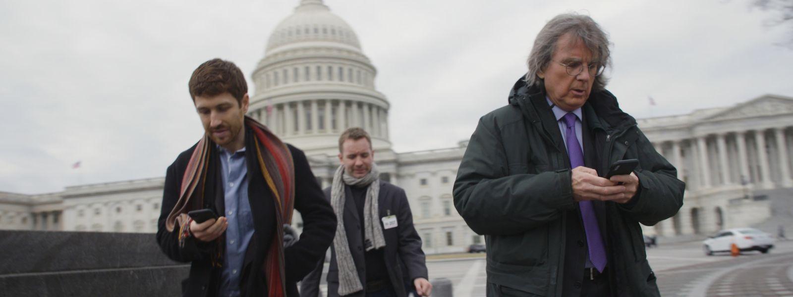 Die Macher von gestern sind die Mahner von heute: Tristan Harris (ehemals Design Ethicist bei Google), Sandy Parakilas (ehemaliger Platform Operations Manager bei Facebook) und Roger McNamee (durch Elevation Partners ehemaliger Palm- und Facebook-Investor) (v.l.n.r.).