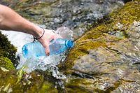 Certaines ressources souterraines ne sont plus exploitées pour maintenir suffisamment de volume d'eau de qualité en surface.