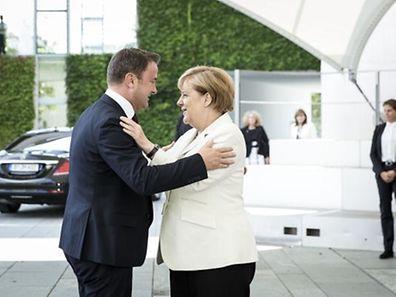 (de g. à dr.) Xavier Bettel, Premier ministre, ministre d'État ; Angela Merkel, chancelière de la République fédérale d'Allemagne