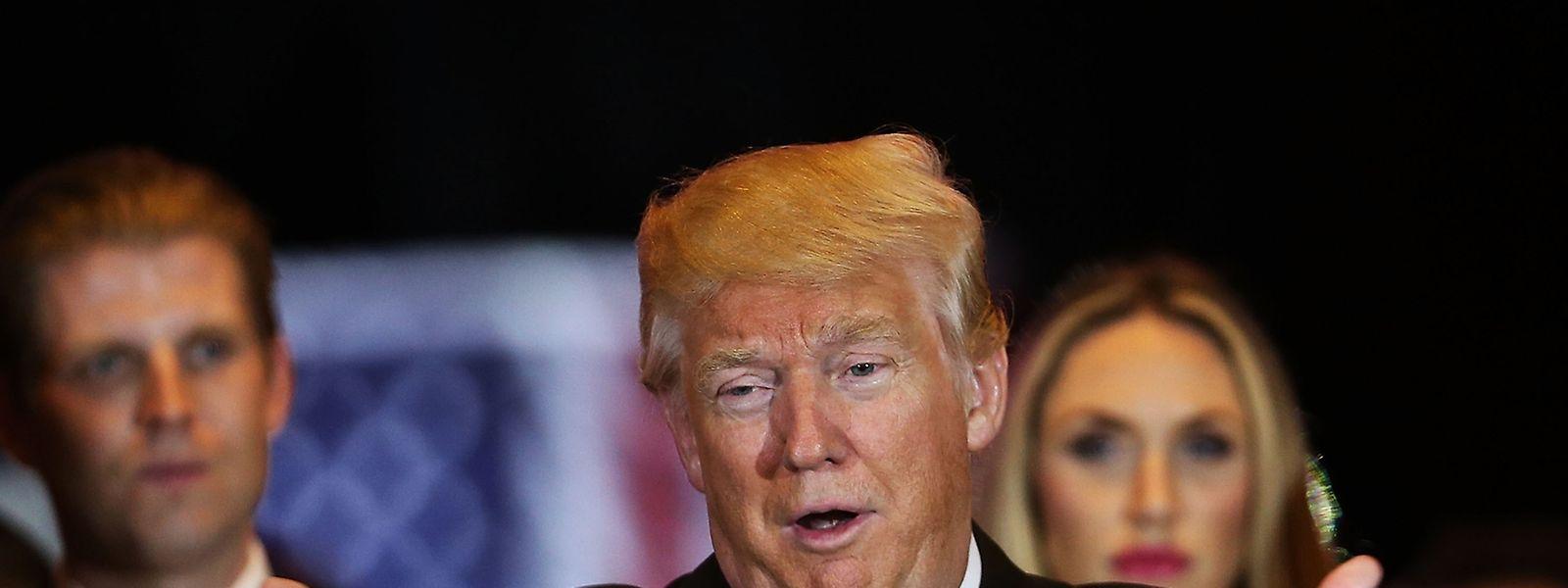 """Dans l'Indiana mardi, Donald Trump a remporté 53% des voix républicaines contre le sénateur du Texas (37%), qui a annoncé dans la foulée, """"le coeur lourd"""", qu'il suspendait sa campagne, constatant que sa candidature n'était plus viable."""