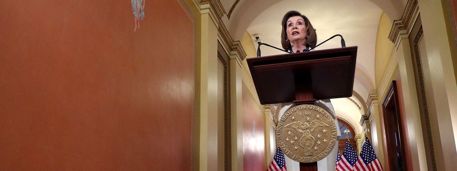 """""""Der Präsident lässt uns keine andere Möglichkeit, als zu handeln"""", sagte die Vorsitzende des US-Abgeordnetenhauses Nancy Pelosi."""