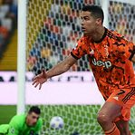Ronaldo faz os dois golos da reviravolta da Juventus
