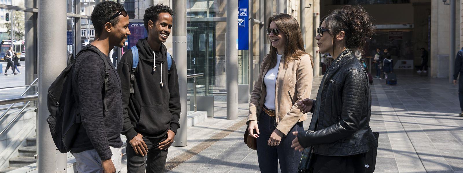 L'asbl RYSE aide actuellement une trentaine de réfugiés à intégrer le monde professionnel au Luxembourg. Ici, Matiwos Brhane (à gauche) et Danay Haile.