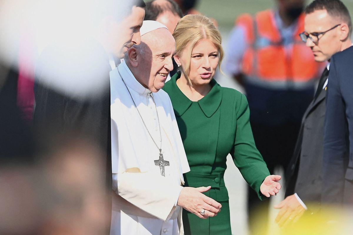 Präsidentin Zuzana Caputova begrüßte Papst Franziskus in Slowenien.