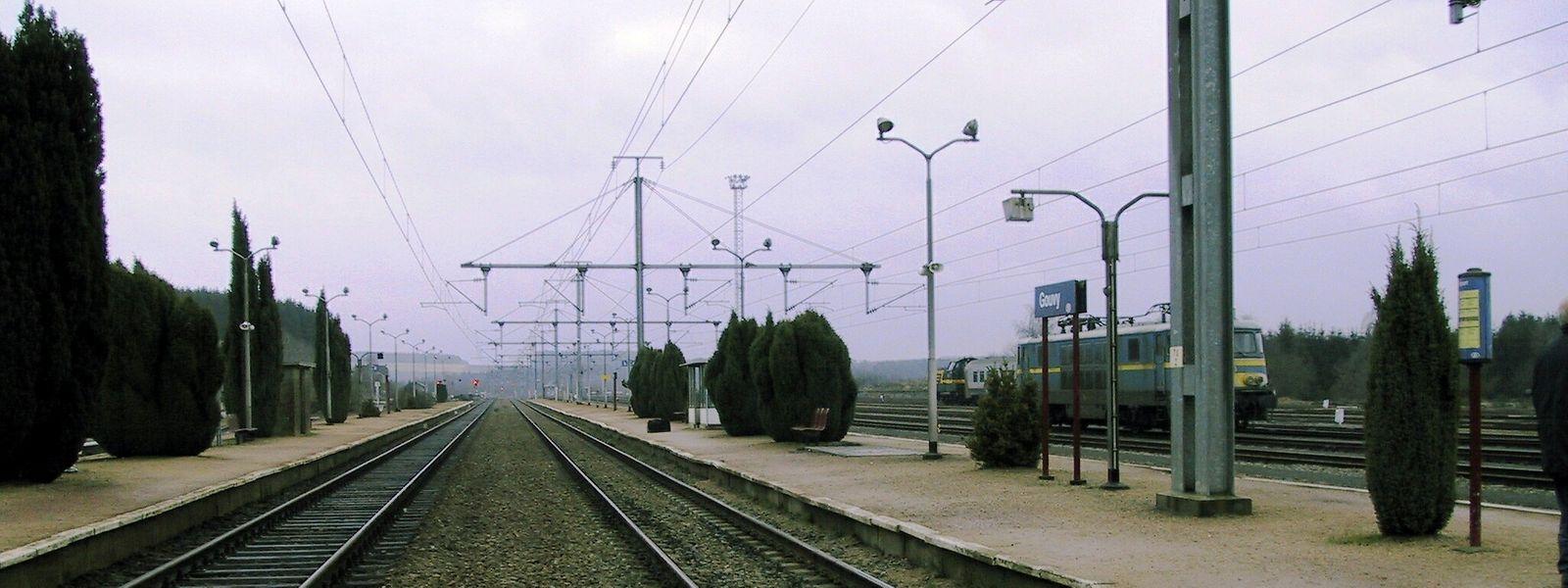 Les usagers luxembourgeois réclament un cadencement toutes les heures vers Liège et souhaitent voir la mise en place d'une double voie sur l'ensemble de la ligne 42.
