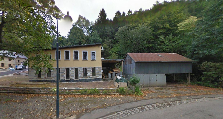 Das unauffällige Clublokal in der Rue Principale in Buschrodt wurde in der Vergangenheit immer wieder für Treffen und Partys des Motorradclubs genutzt.