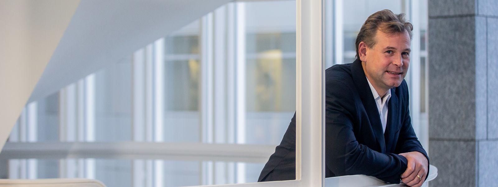 """Dirk Andreas Zetzsches Büro befindet sich in Kirchberg, im Gebäude """"Weicker""""."""