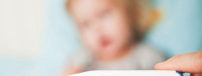 La rougeole est hautement contagieuse et risque d'affecter des personnes non immunisées ou immunisées insuffisamment.