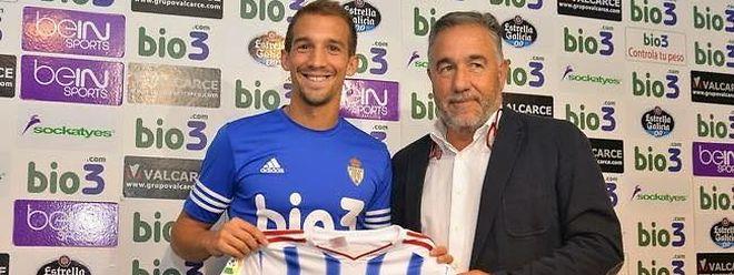 David Caiado, né au Luxembourg, vient de faire ses débuts en D2 espagnole. Mais cela ne l'empêche pas de se tenir informer de l'actualité de la BGL Ligue et de l'équipe nationale.