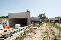 Sueden , Chantier Autobahnverteiler Steinbrücken , 2 Unterführungen werden am Wochenende in Stellung gebracht, Vollsperrung der Escher Autobahn , Foto: Guy Jallay/Luxemburger Wort