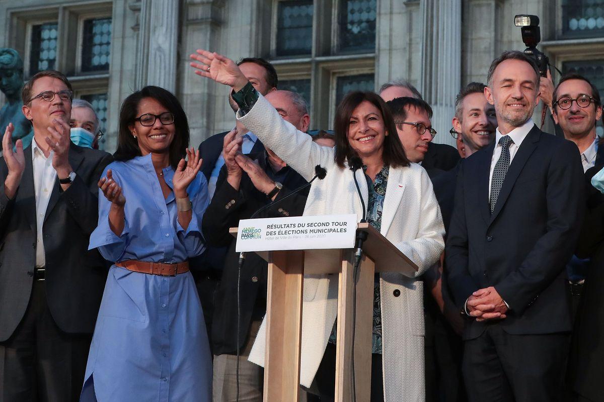 Anne Hidalgo (PS) conserve la mairie de Paris