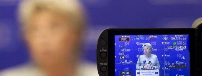 «Au lieu de dépenser six millions d'euros en lobbying, les opérateurs feraient mieux de revoir leur business model!» Avril 2006, la commissaire européenne Viviane Reding lance les hostilités. Un combat contre le roaming qui durera plus de dix ans.