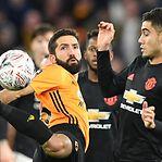 Wolverhampton e Manchester United anulam-se e têm de desempatar na Taça inglesa