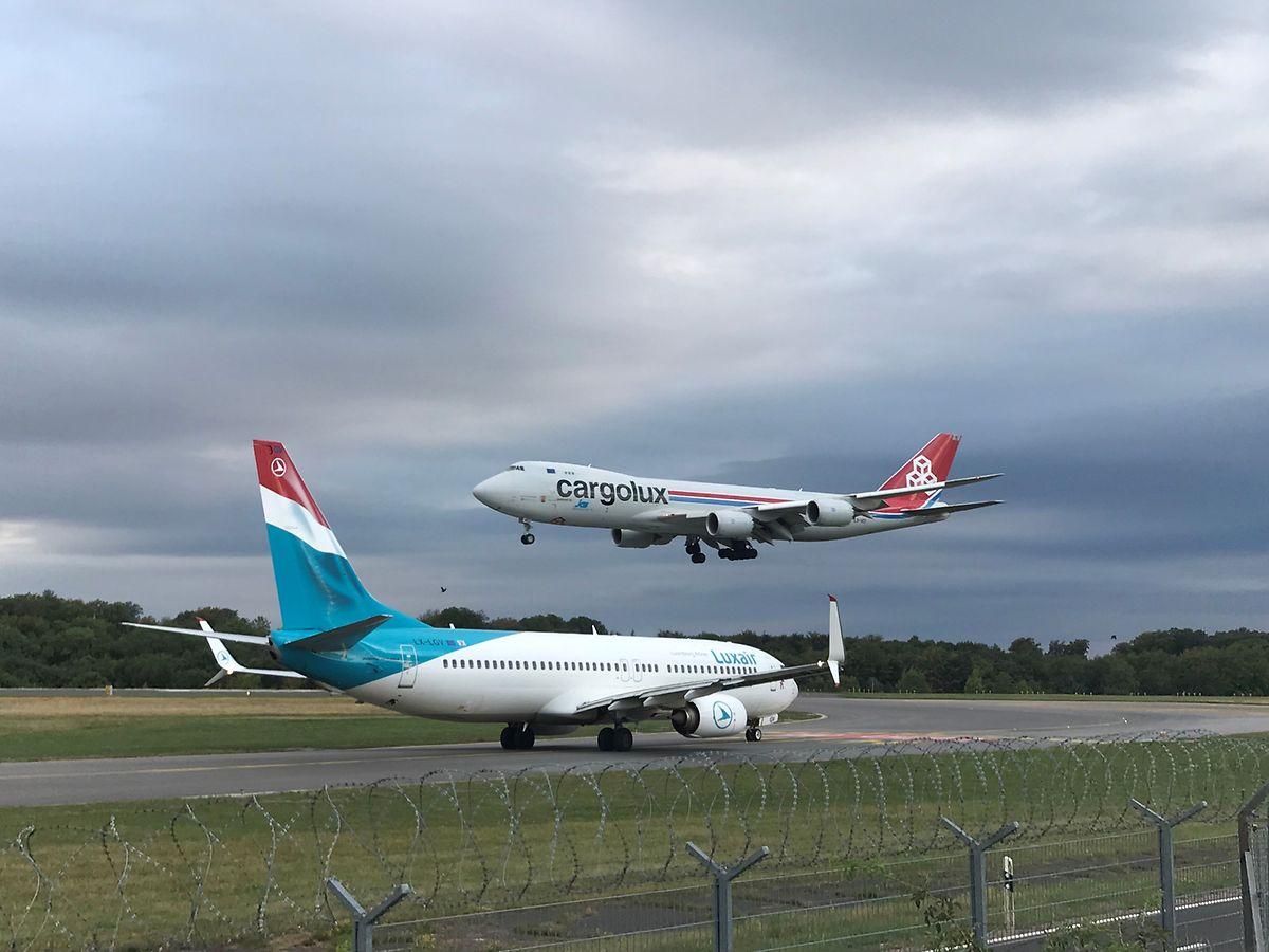 Nur der Frachttransport funktioniert derzeit am Flughafen Findel. Die Luxair hat ihr Passagiergeschäft eingestellt.