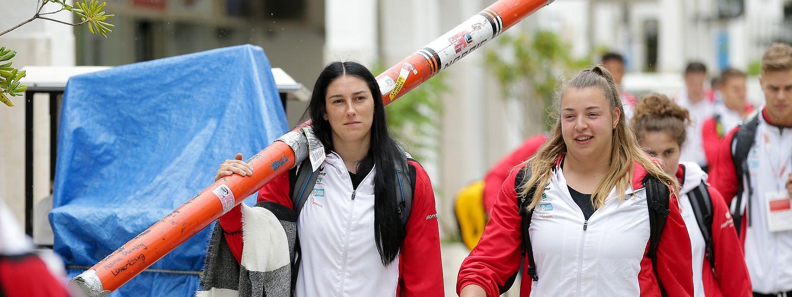 Noémie Pleimling mit ihrem Speer.